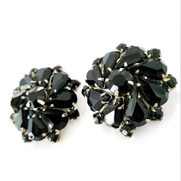 Vintage Weiss black rhinestone clip earrings